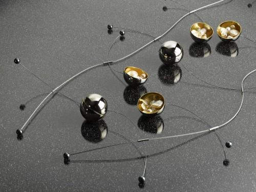 http://perles.effisk.net/blog/images/bijoux/golay/prix-golay-2007/jury-a-2.PV__.jpg